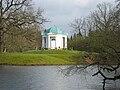 Kassel Karlsaue Aueteich Tempel.JPG