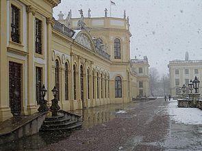 Kassel Orangerie terrace with snow f nw.jpg