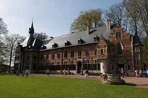 Groot-Bijgaarden Castle - Image: Kasteel van Groot Bijgaarden (5614581764)