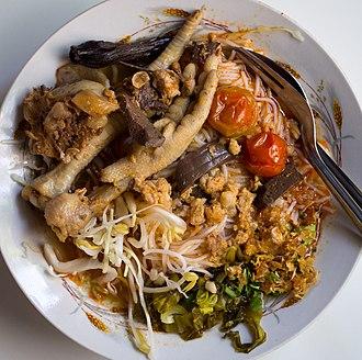 Khanom chin - Image: Khanom chin nam ngiao supoe