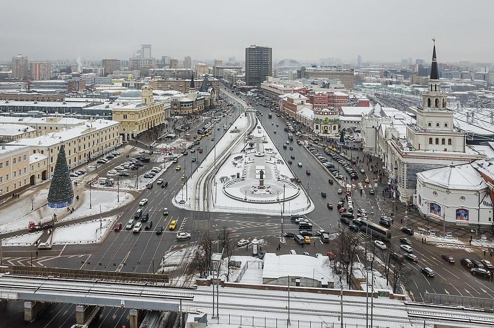 Komsomolskaya square as seen from Leningradskaya hotel in winter (2014) -%D0%92%D0%B8%D0%B4 %D0%BD%D0%B0 %D0%9A%D0%BE%D0%BC%D1%81%D0%BE%D0%BC%D0%BE%D0%BB%D1%8C%D1%81%D0%BA%D1%83%D1%8E %D0%BF%D0%BB%D0%BE%D1%89%D0%B0%D0%B4%D1%8C %D0%B8%D0%B7 %D0%B3%D0%BE%D1%81%D1%82%D0%B8%D0%BD%D0%B8%D1%86%D1%8B %D0%9B%D0%B5%D0%BD%D0%B8%D0%BD%D0%B3%D1%80%D0%B0%D0%B4%D1%81%D0%BA%D0%B0%D1%8F - panoramio