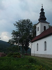 Kostol, ubla.JPG