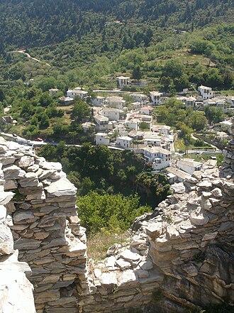 Kastanitsa - A view of Kastanitsa from the ruins of Koutoupou.