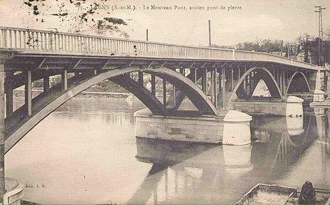 L1999 - Lagny-sur-Marne - Pont de Pierre.jpg