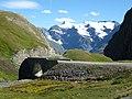 La route vers bonneval sur arc - panoramio.jpg