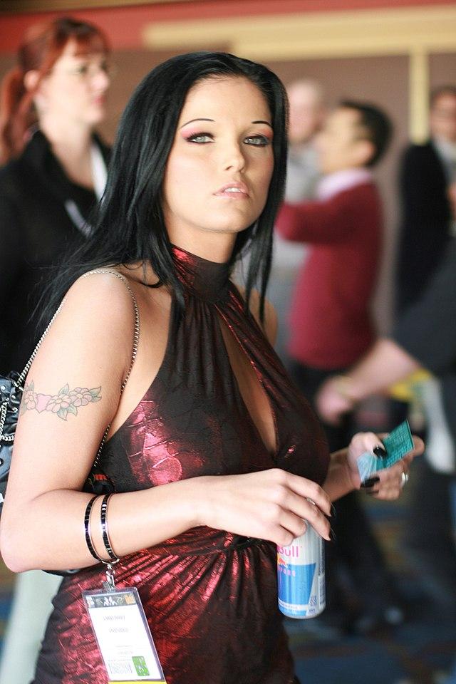 Big tit latina phone