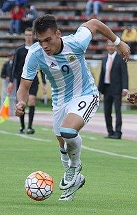 Lautaro Martínez (cropped).jpg