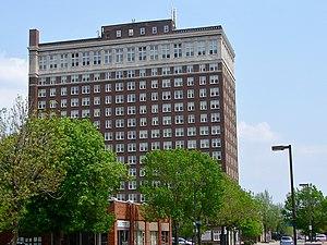 LeClaire Hotel - Image: Le Claire Hotel Moline IL