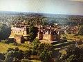 Le château de La Ferté-Imbault.jpg