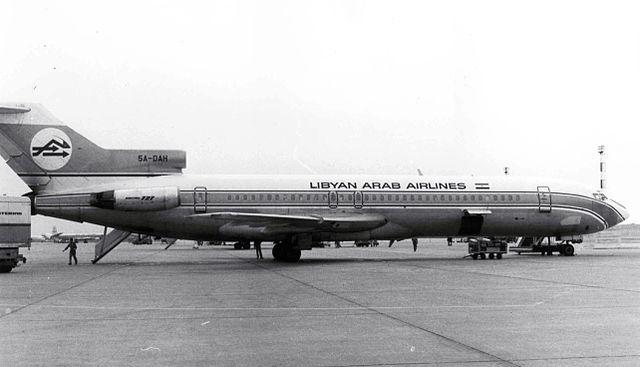 http://upload.wikimedia.org/wikipedia/commons/thumb/b/b4/Libyan_Arab_Airlines_Boeing_727_5A-DAH.jpg/640px-Libyan_Arab_Airlines_Boeing_727_5A-DAH.jpg