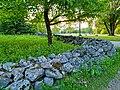 Little stone wall by Vanha Kuninkaalantie in Kuninkaala, Vantaa, Finland, 2021.jpg