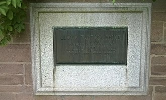 Dundee Royal Infirmary - Memorial to Lloyd Turton Price, Professor of Surgery, Western Cemetery, Dundee.