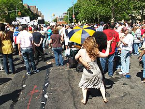 Avenue C (Manhattan) - A street fair in the summer of 2008.
