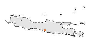 Peta pulau Jawa dengan Kotamadya Yogyakarta ditandai.