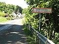 Longueval-Barbonval (Aisne) entrée de Longueval.JPG