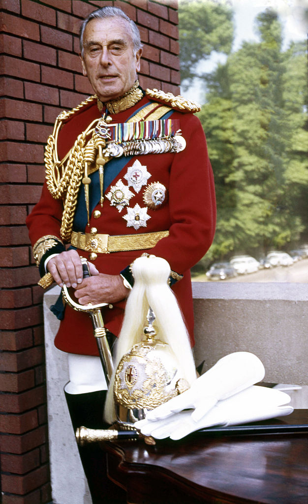 626px-Lord_Mountbatten_60._Allan_Warren.jpg