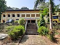 Mahatma Gandhi Government Arts College, Mahe (MGGAC Mahe) front view from steps during an afternoon.jpg