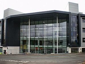 Burnley College - Image: Main entrance to Burnley College on Princess Way geograph.org.uk 1366358