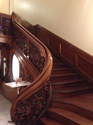 Casa Bonaventura Ferrer - Image: Main stair case
