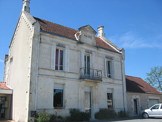 Migron, Charente-Maritime Commune in Nouvelle-Aquitaine, France