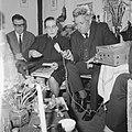 Majoor Boshardt van het Leger des Heils gaf persconferentie naar aanleiding van , Bestanddeelnr 917-7121.jpg