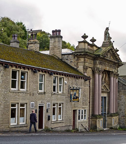 Creative Commons image of The Malt Shovel in Elland