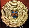 Manises, piatto con lustro metallico e conchiglie di san jacopo, 1435-75 ca..JPG