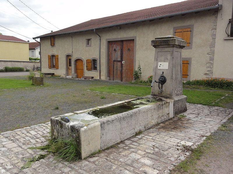 Manonviller (M-et-M) fontaine