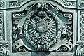 Maria Theresien Denkmal-Wien,Wappen an der Thronrückseite.jpg