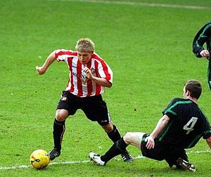 Martyn Waghorn - Waghorn playing for Sunderland reserves.