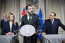 Salvini tra Giorgia Meloni e Silvio Berlusconi alle consultazioni al Quirinale, 12 aprile 2018.