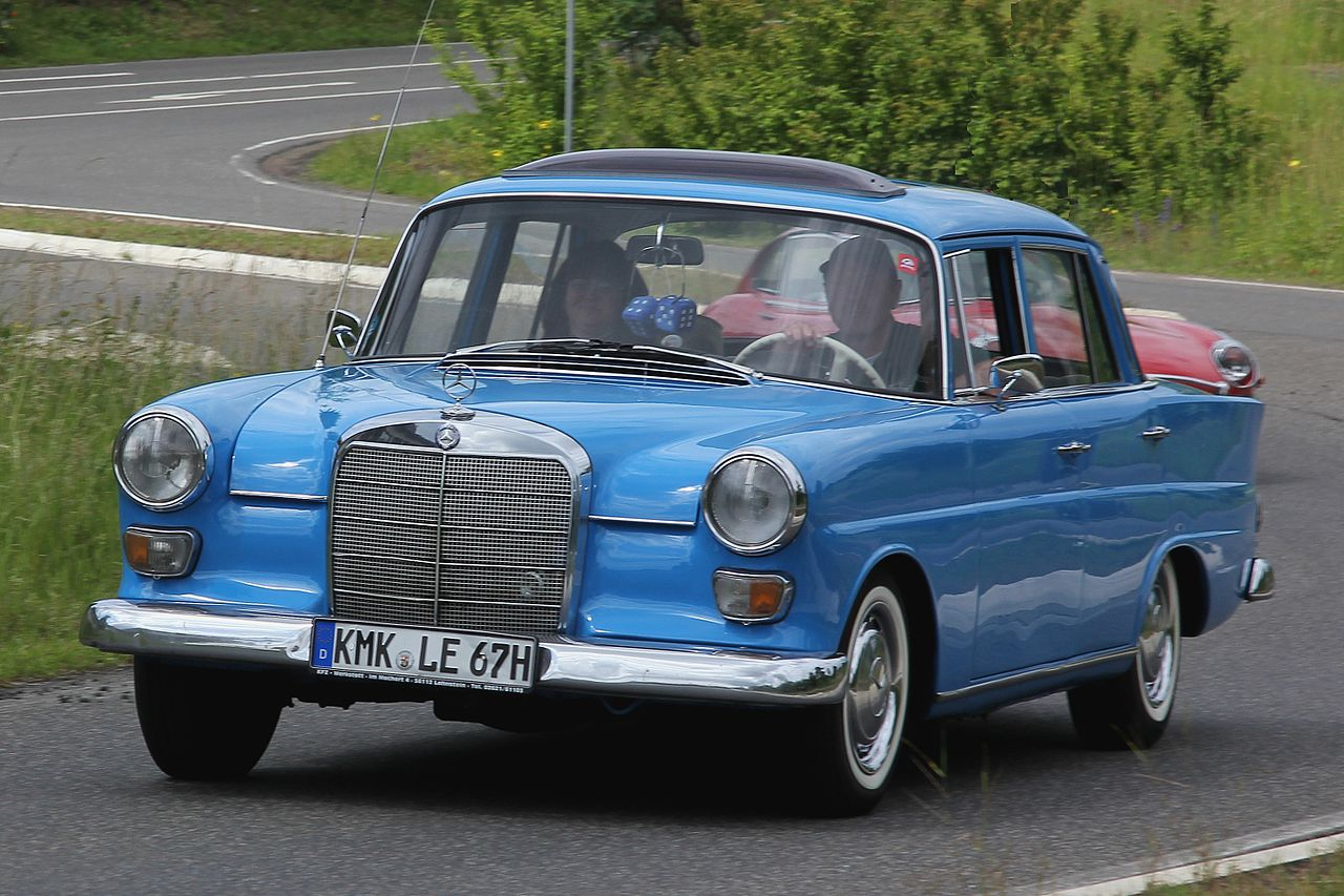 File mercedes benz 200 d bj 1967 2012 06 10 sp ret jpg for Mercedes benz 200