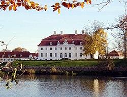 Meseberg palace lake.jpg