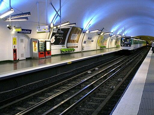 Metro de Paris - Ligne 3 - Gambetta 11