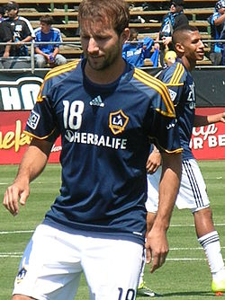 Mike Magee at Galaxy at Earthquakes 2010-08-21.JPG