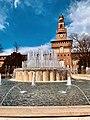 Milano - piazza Castello - fontana e torre del Filarete.jpg