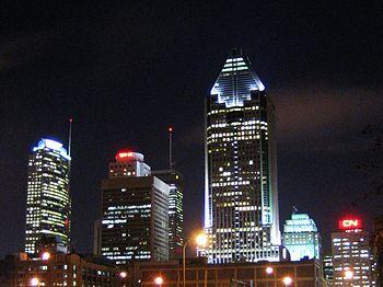 Montréal - la tour IBM et le 1000 de La Gauche...