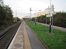 Morden South railway station, Greater London (geograph 3757222).jpg