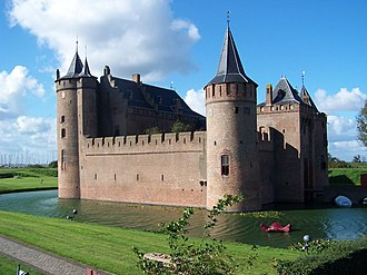 Muiden Castle - Image: Muiderslot 2006