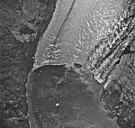 Muir Glacier, tidewater glacier terminus, August 25, 1968 (GLACIERS 5705).jpg
