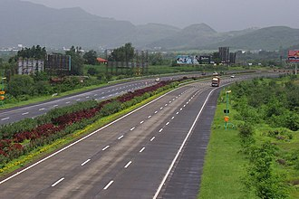 Indian road network - Mumbai Pune Expressway