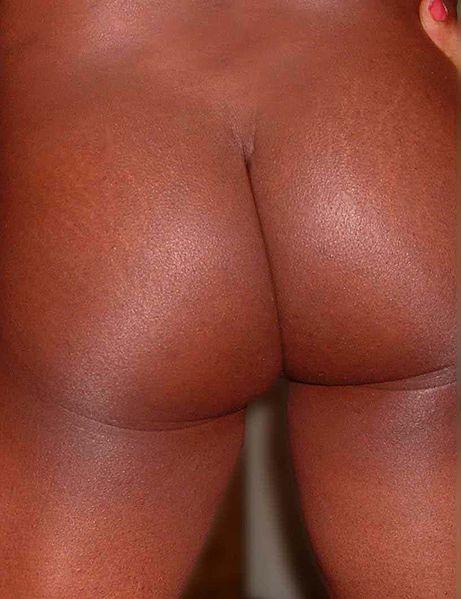 File:Naked backside.jpg