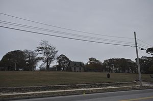 Hazelwood Park (New Bedford, Massachusetts) - View from Rodney French Boulevard up to the Congdon House