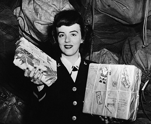 New Orleans 1944 - Christmas Packages for the Troops