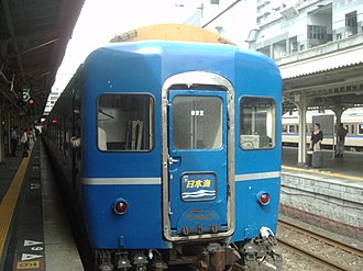 Nihonkai (train) - 24 series passenger cars used on Nihonkai service (rear view)