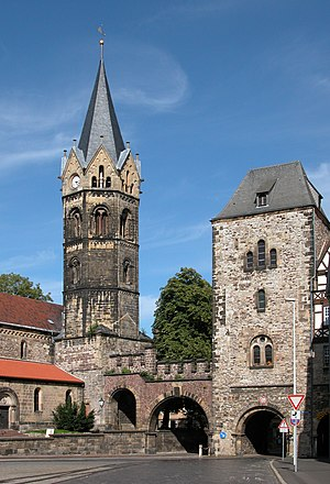 Eisenach - Nikolaikirche (left) and Nikolaitor (right)