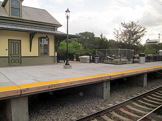 Kingston station (Rhode Island) - The completed northbound high-level platform, photographed in September 2016