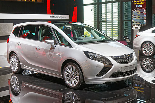 Opel New Zafira Tourer