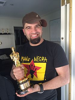 Oscar with the Oscar for ladys in nuber 6.jpeg