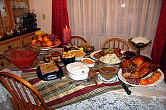 Unser (fast traditionelles) Thanksgiving Dinner.jpg